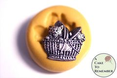 Little cats in a basket silicone mini mold M5242