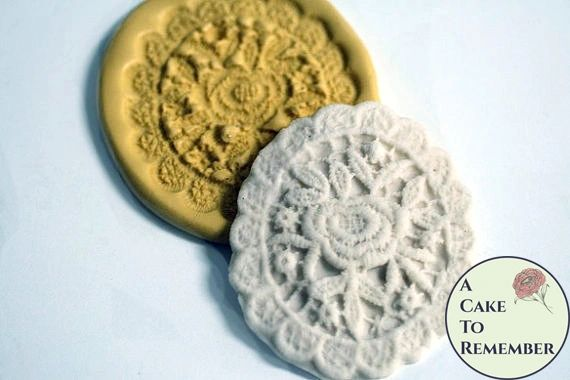 Oval lace mold medallion, wedding cake lace mold M058