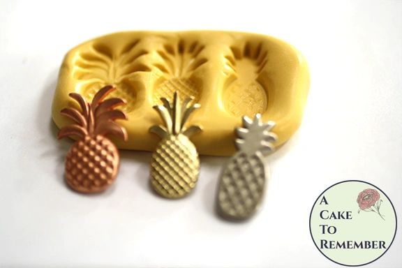 Little silicone pineapple mold for crafting M5195