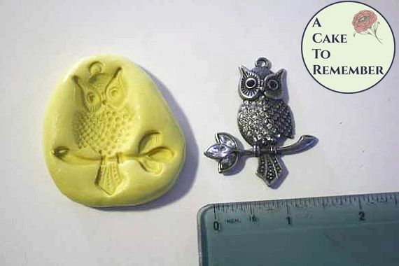 Silicone owl mold for cake decorating, cupcakes, or polymer clay. M1094