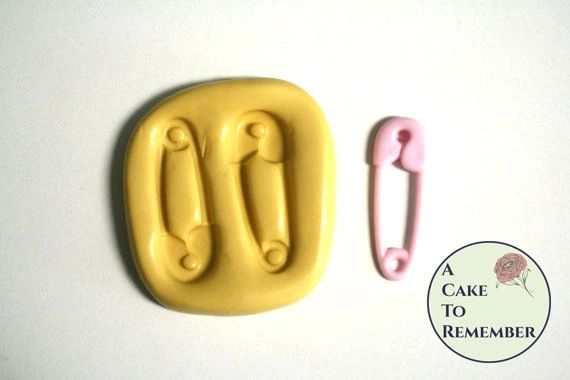 Safety pin silicone mold for fondant M5007