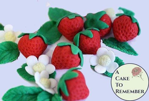 6 Gumpaste strawberries for cake decorating