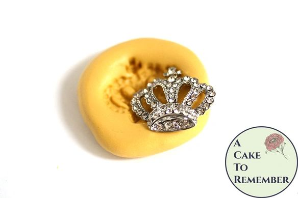Jeweled crown food safe silicone mold M5099