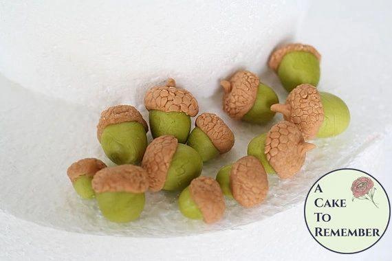 12 Gumpaste acorns for cake decorating