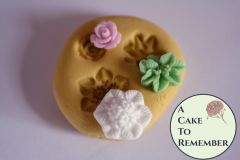 Tiny flower silicone mold trio M5144