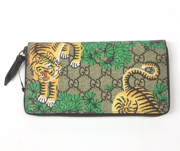 ef23a8fbd76 Gucci GG Supreme Bengal Tiger Print Zip Around Wallet  451467 ...
