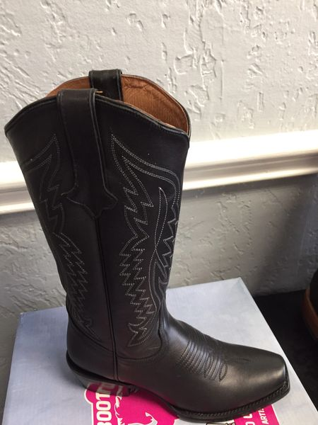 Texas Gold,Classic Black with Metallic Silver Stitching. All Leather Ladies Western Boot. TML201377.