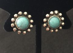 EARRINGS STERLING SILVER AND TURQUOISE SMALL CLIP ON