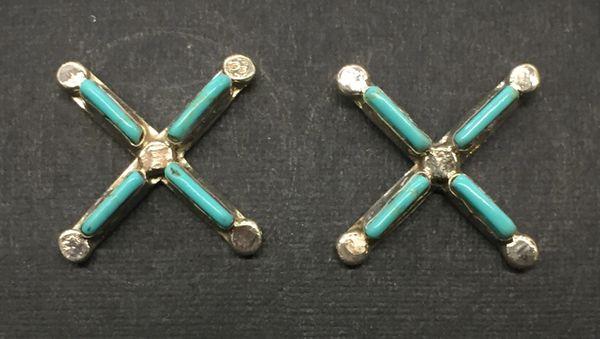 Zuni needle point sterling & turquoise stud earrings.