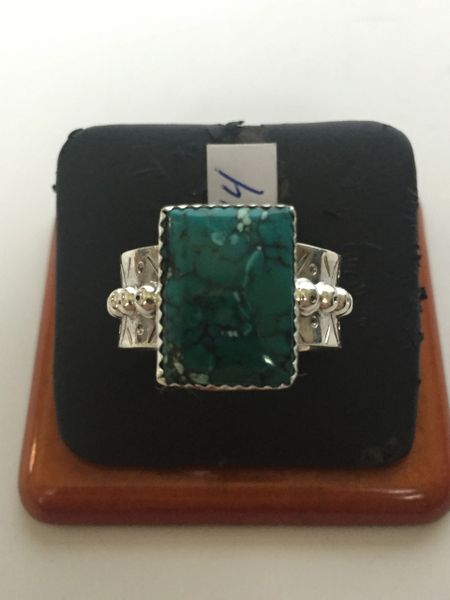 Navajo sterling silver & turquoise ring. Fancy band.
