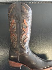 Milan B Cam Honey with Classic Stitch Pattern. Ladies Blunt Toe Western Boot. TML201354