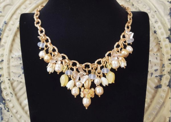DIANA - Fleur and Baroque Pearl Bib Necklace