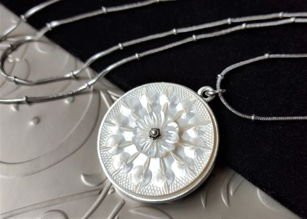 SANDRA - Carved Mother of Pearl Necklace