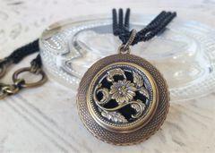 LYLA - Antique Button Necklace