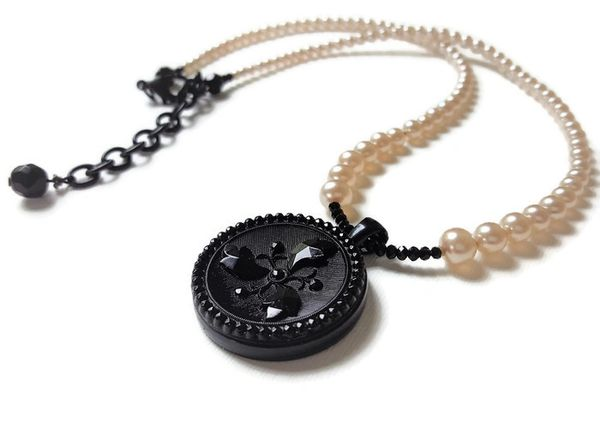 CHARLOTTE - Black and Graduated Pearl Necklace
