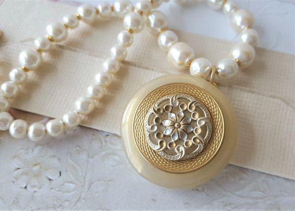 ADORA - Baroque Pearl Necklace