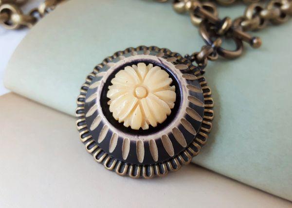 ADELE - Art Deco Necklace, Black and Cream