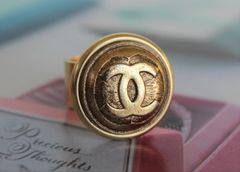 CHANEL Button Ring, Gold