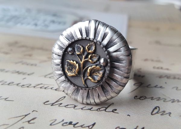 JULES - Antique Button Ring