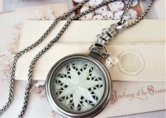 Christmas Star - Pocketwatch Necklace