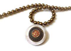 CELIA - Gold Pearl Necklace