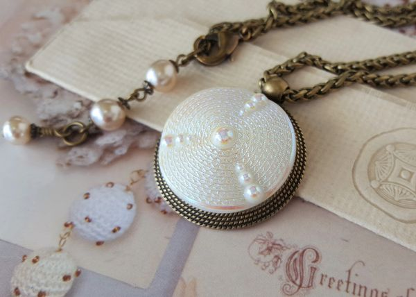 OPAL - Opalescent Czech Glass Necklace