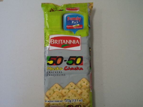 50-50 Maska Chaska Crackers Family Pack Britannia 372 g