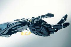 Artificial Hand3