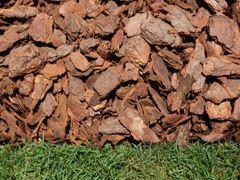 Bulk Mulch - Pine Bark Nuggets