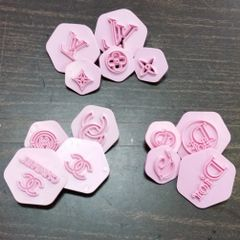 LOGO SETS (3) 13PC