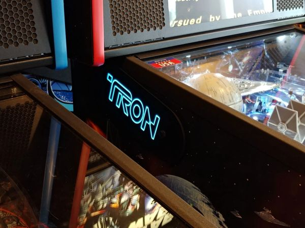 TRON LIGHT BLUE LIGHTED MAGNETIC HINGE COVERS