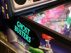 GHOSTBUSTERS LIGHTED MAGNETIC HINGE COVERS