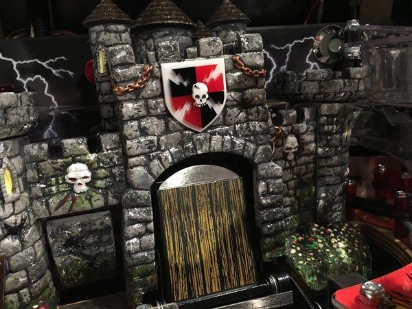 Medieval Madness 3D Castle Crest