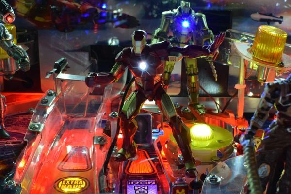 Iron Man Pinball Illuminated Iron man mod
