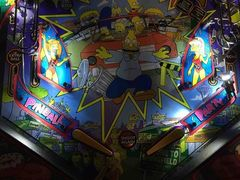 THE SIMPSONS PINBALL PARTY PLASTIC SET