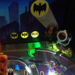 BATMAN66 PINBALL VUK AND KICKBACK ILLUMINATION