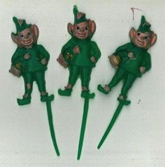 Leprechaun Novelty Cupcake Picks 12 Piece