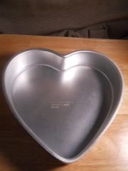 Heart Cake Pan 14.5 Inch Used