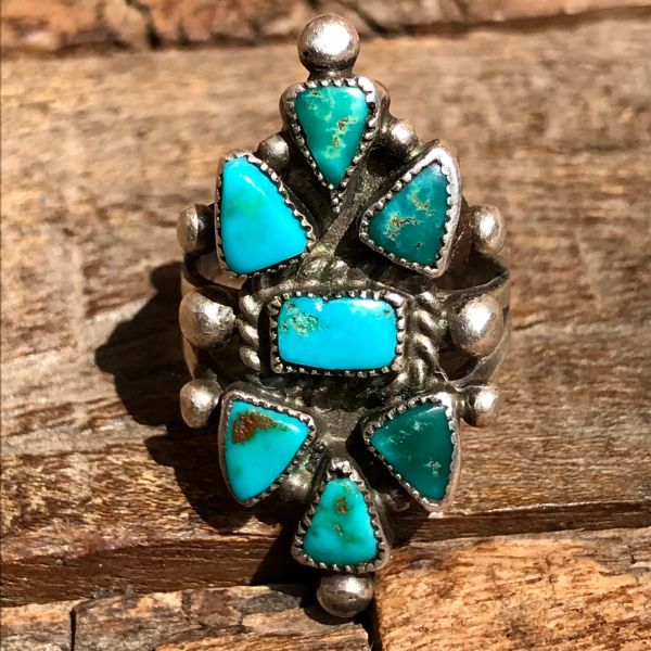 1930s ZUNI CLUSTER PETIT POINT GREEN & BLUE TURQUOISE SILVER PINKY RING