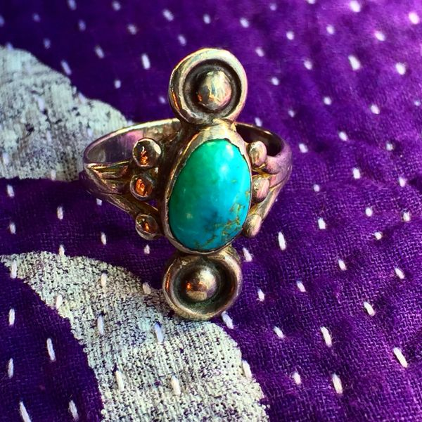 SOLD 1930s SMALL BUTTONS LIGHT BLUE TURQUOISE SILVER RING