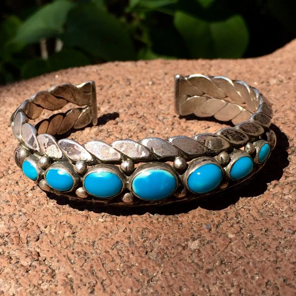 SOLD 1930s CARINATED WROUGHT TWISTED INGOT SILVER TURQUOISE CUFF BRACELET