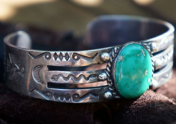 SOLD 1930's MEDIUM THUNDERBIRD TURQUOISE & SILVER CUFF