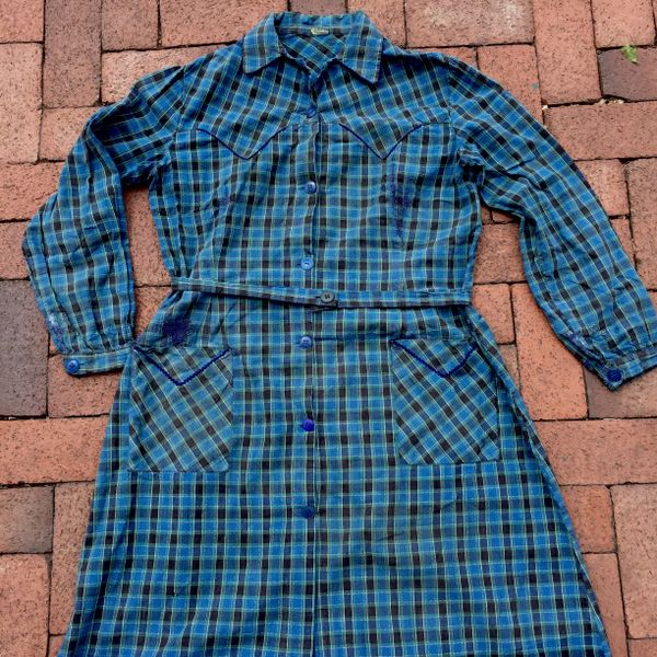 1940s SUN-FADED DISTRESSED & FRENCH METHOD REPAIRED WESTERN PLAID COTTON SPRING DRESS