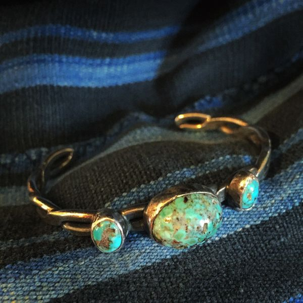 SOLD 1930s WROUGHT INGOT SILVER 3 STONE PERSIAN TURQUOISE BANGLE CUFF BRACELET