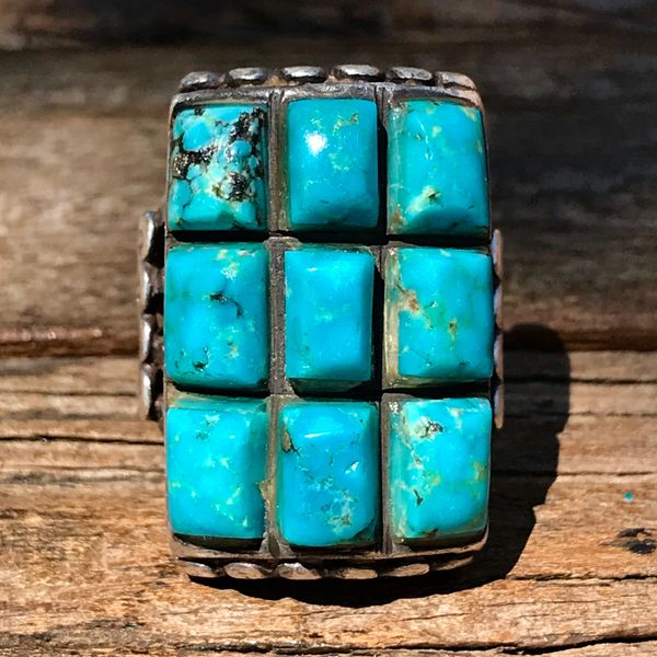 1940s 9 STONE ZUNI BLUE TURQUOISE & SANDCASTLE SILVER HEAVY CLUSTER RING