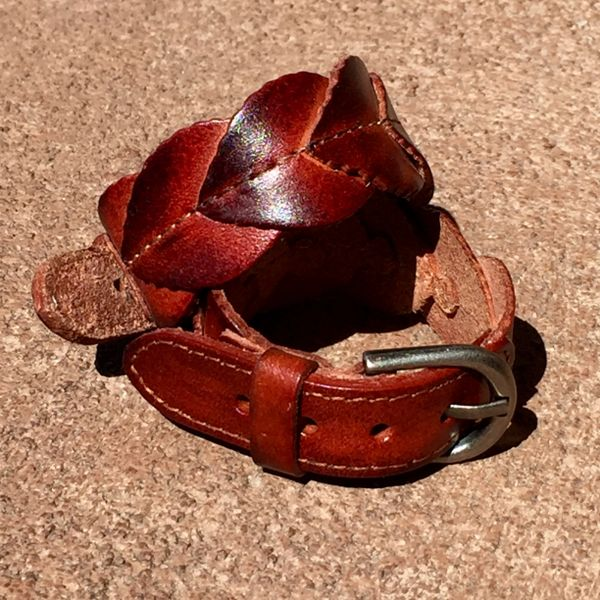 DARK BROWN FALL LEAVES LEATHER CUFF BRACELET