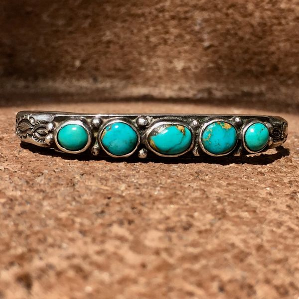 SOLD 1920s INGOT SILVER HANDMADE STAMPS 5 LIGHT BLUE TURQUOISE STONE FLAT TOP CUFF BRACELET SMALL WRIST