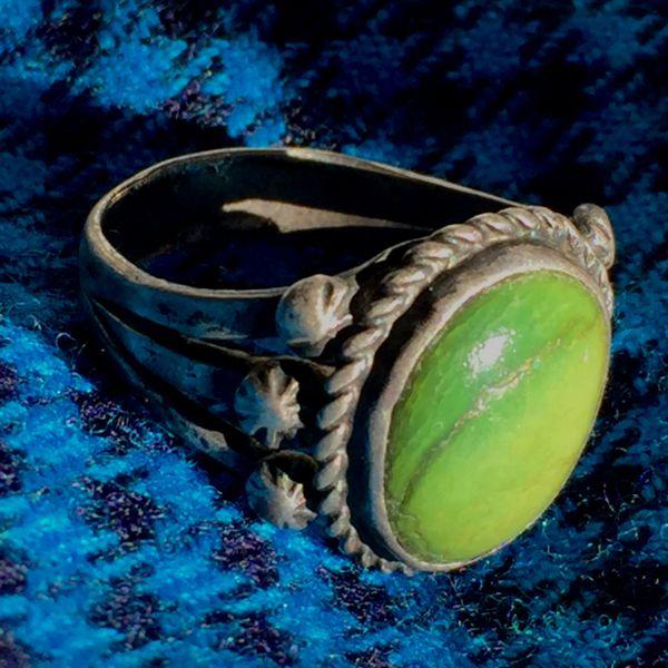 SOLD 1920s PEYOTE BUTTON INGOT SILVER GREEN TURQUOISE RING