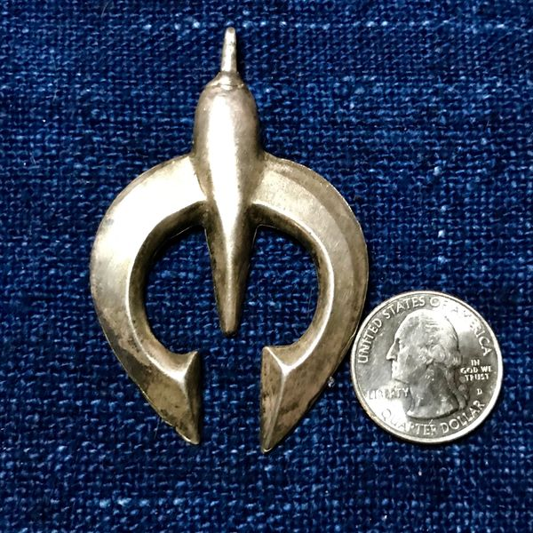 1970s SANDCAST INGOT SILVER NAJA PENDANT FROM A SQUASH BLOSSOM NECKLACE