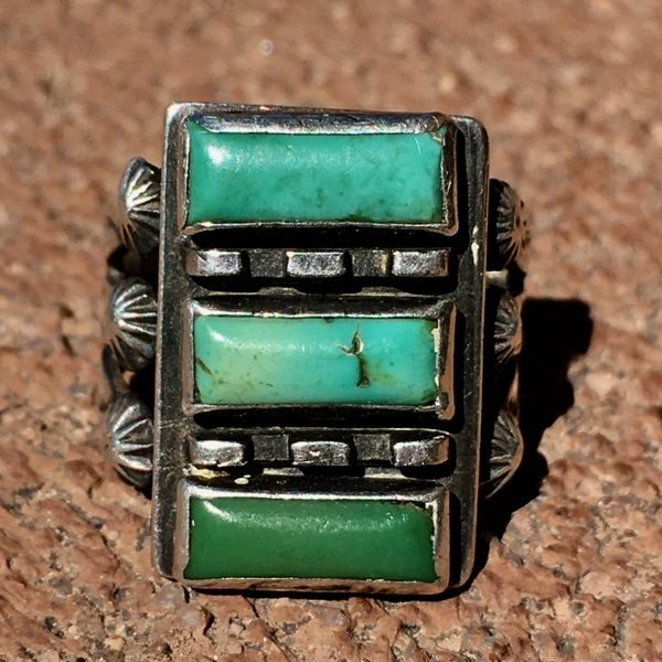 SOLD 1920s FANCY STOPLIGHT RECTANGLE TURQUOISE PEYOTE ARROWS RING